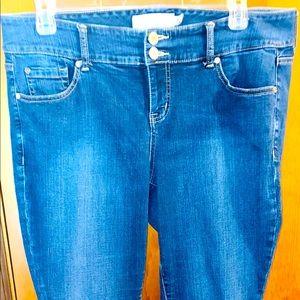 Torrid Flare Jeans Plus Size 14 Curvy High Rise